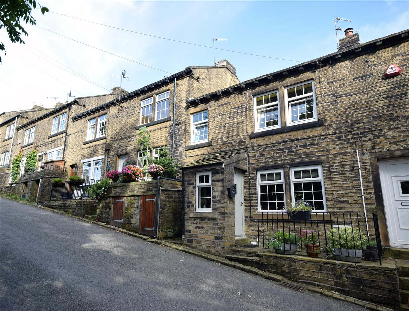 Apple House Terrace, Luddenden, Halifax, HX2 6PU